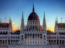 1. Будапешт (Венгрия) - здание Парламента
