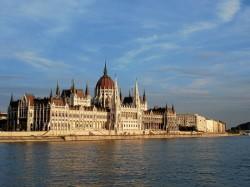 2. Будапешт (Венгрия) – Венгерский парламент