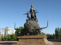 Астана - пмятник во славу царицы Томирис