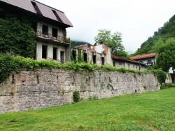 2. Гагра (Абхазия) - крепость «Абаата»