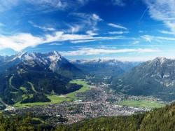 1. Гармиш-Партенкирхен (Германия) - панорама долины