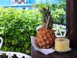 Каймановы острова - ананас