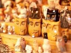 Каймановы острова - деревянные сувениры