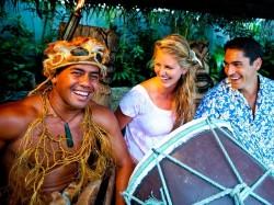 Кука острова - барабанщик