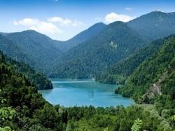 1. Абхазия — оз. Рица