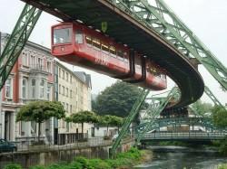 3. Германия - подвесная железная дорога в Вуппертале