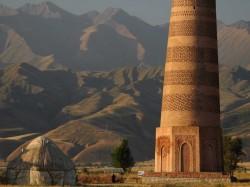 Кыргызстан - Башня Буран