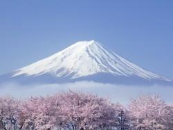 2. Япония - вукан Фудзияма