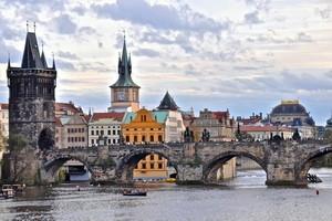 <strong>Экскурсия в Прагу в подарок!</strong>