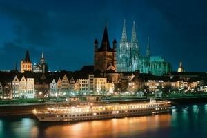 <strong>Новогоднее путешествие на борту теплохода</strong> в круизе по рекам Европы: Дунай, Рейн, Майн, Мозель, Венецианская лагуна!