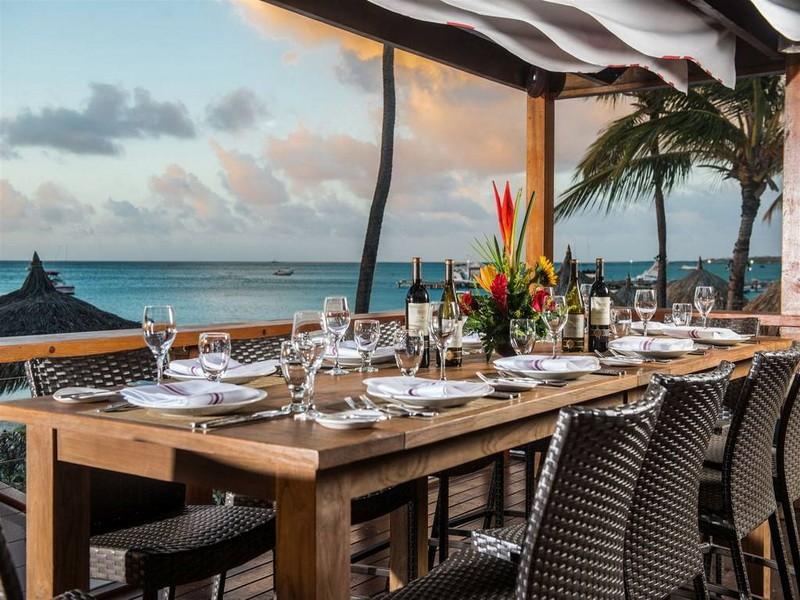 Отель-казино на антильских островах как выиграть в хаддан в казино
